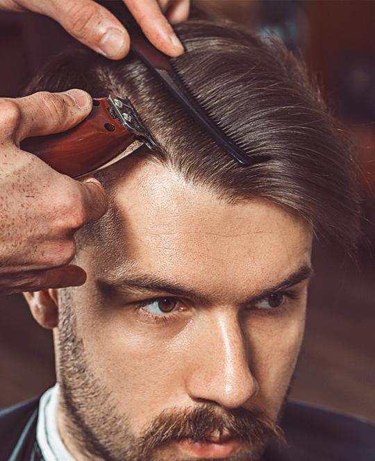 Cura e taglio capelli